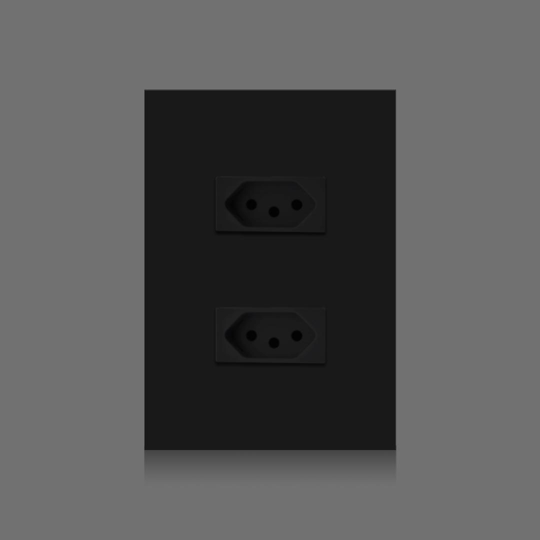 2 tomadas pretas